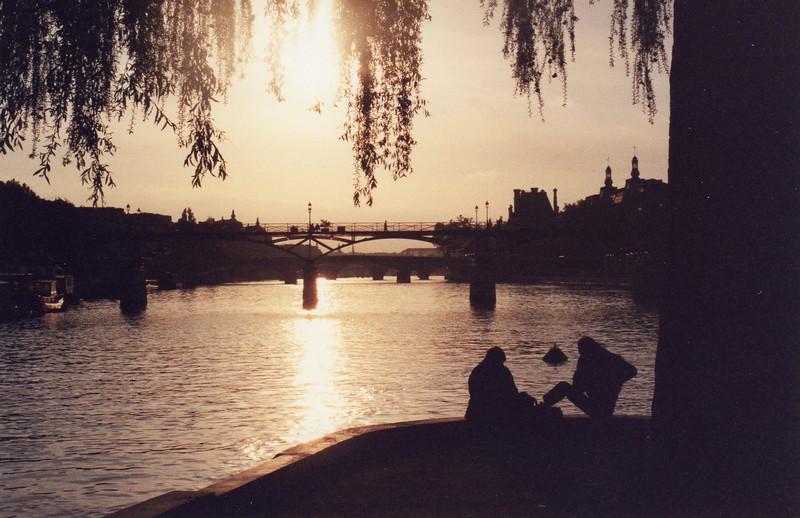 Sunset on the Seine at Sq du Vert Gallant, Ile de la Cite