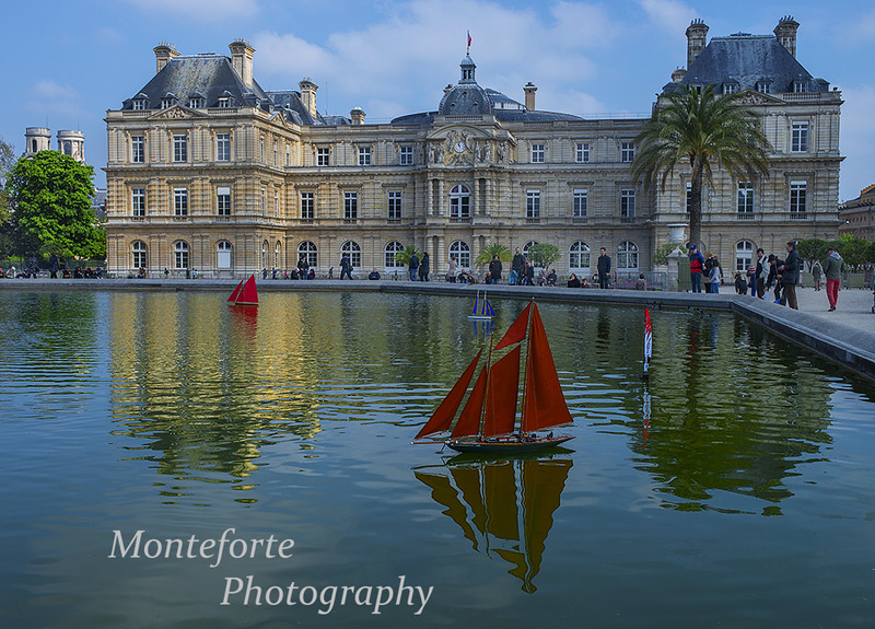 Sail boats on pond at Jardin Luxembourg