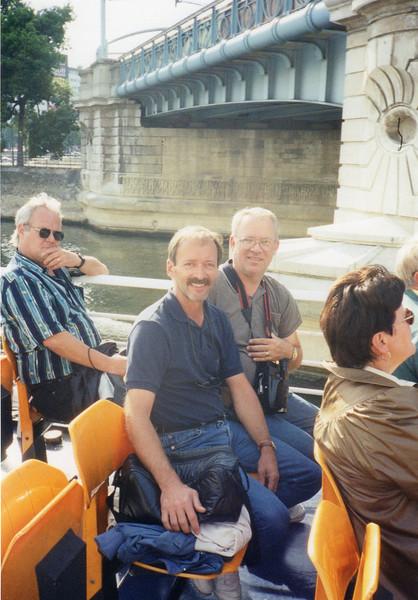 Ed and me on Batteaux Mouche (Seine criose)