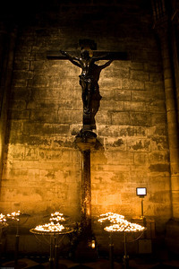 Cross at the Notre Dame