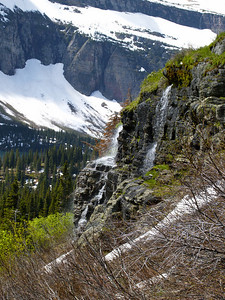 On the Trail to Grinnell Glacier 13 Copyright 2009 Neil Stahl
