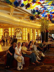 Three sisters and a father at the Bellagio.