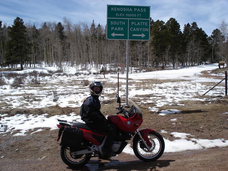 Kenosha Pass<br /> Apirl 15, 2007 11:45 am<br /> 10,000 ft.