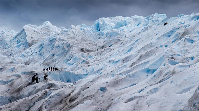 Trekking on Perito Moreno Glacier_16x30