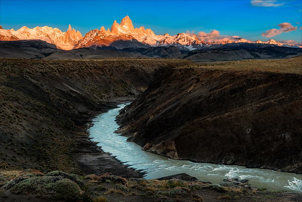 Mt Fitz Roy, sunrise