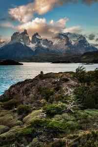 Torres del Paine, Lago Pehoe, sunset