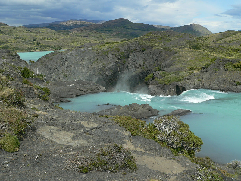 The top of the waterfall with Pehoe lake in the background