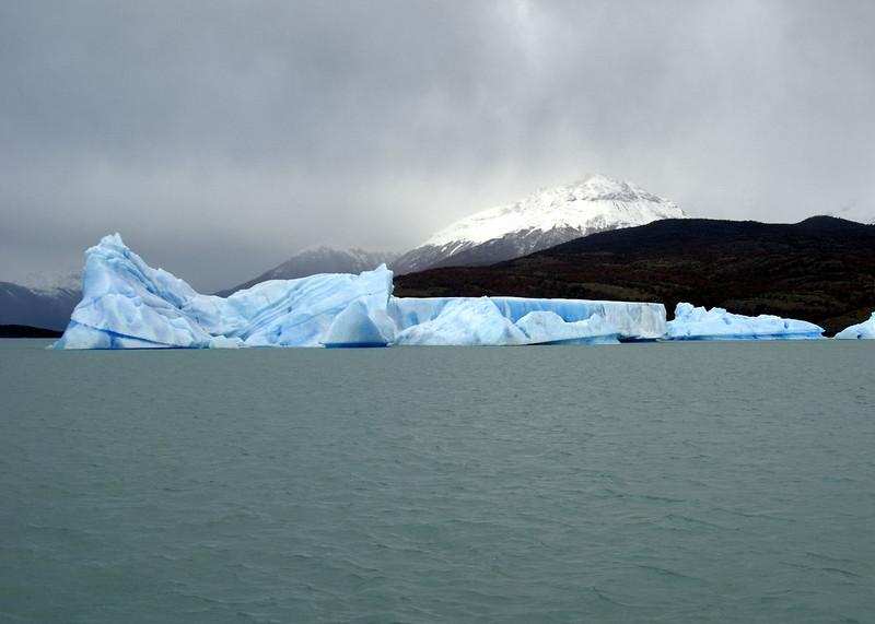 Lago Argentino, iceberg in the Brazo Upsala, at dawn