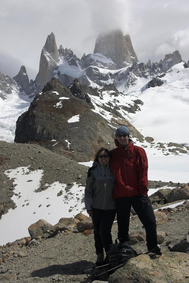 At the cairn just bvefore Laguna de los Tres