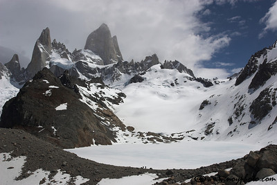 Laguna de los Tres at the base of Monte Fitz Roy (visible on the left side).