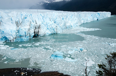The northern flank of the Perito Moreno Glacier ends in the waters of Lago Argentino, Patagonia, Argentina