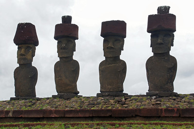 Moai with Topknots