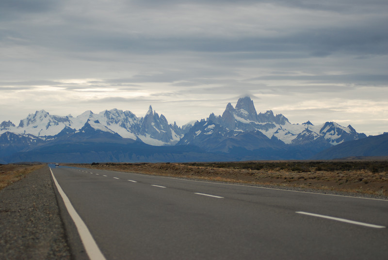 Cerro Fitz Roy (on right) and Cerro Torre in the northern part of Parque National los Glaciares