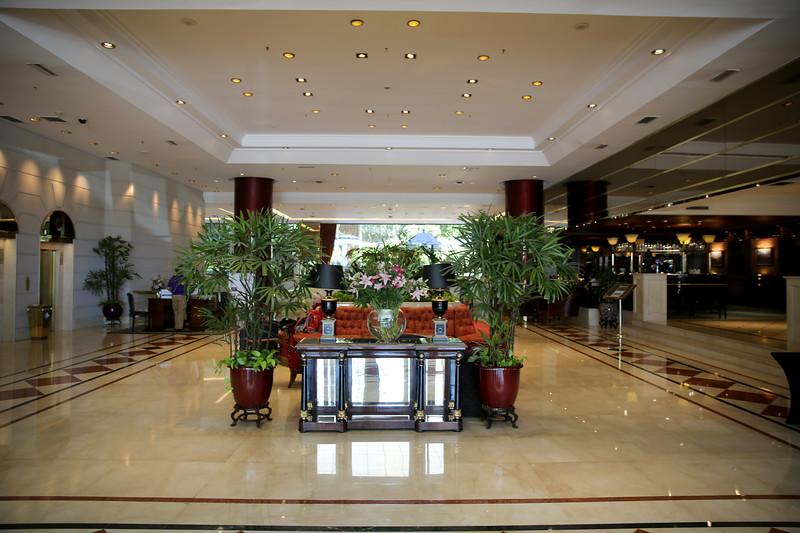 SAME6151-Hotel Emperador Lobby