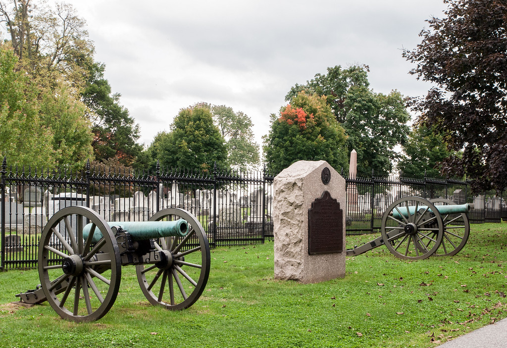 Monument honoring 1st United States Artillery, Battery H, in Gettysburg National Cemetery