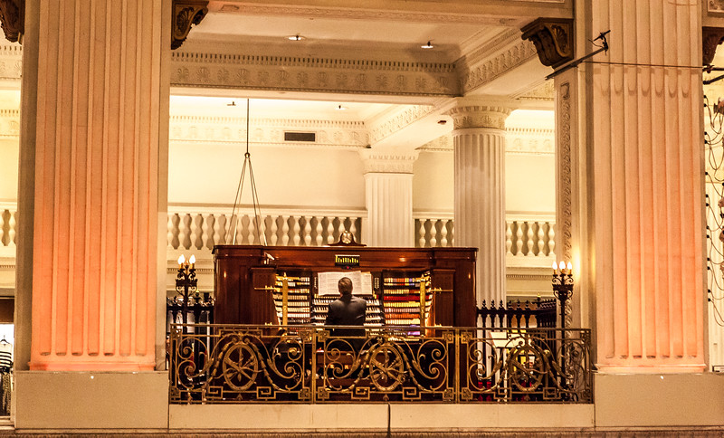 The Organ in the Old Wanamaker Building inside of Macy's in Philadelphia at Christmastime.