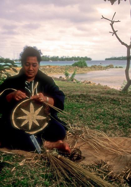 Tonga weaver