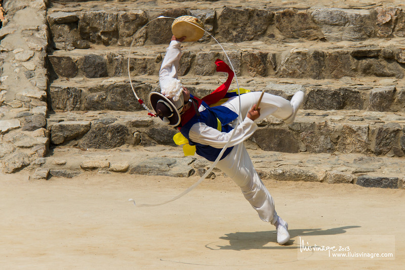 nongak (farmer's dance) / 농악
