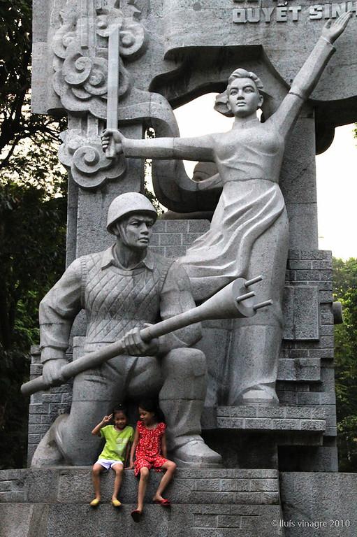 hanoi 1946 french war memorial