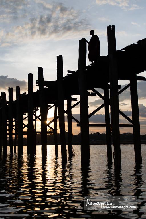 u bein bridge /  ဦးပိန် တံတား