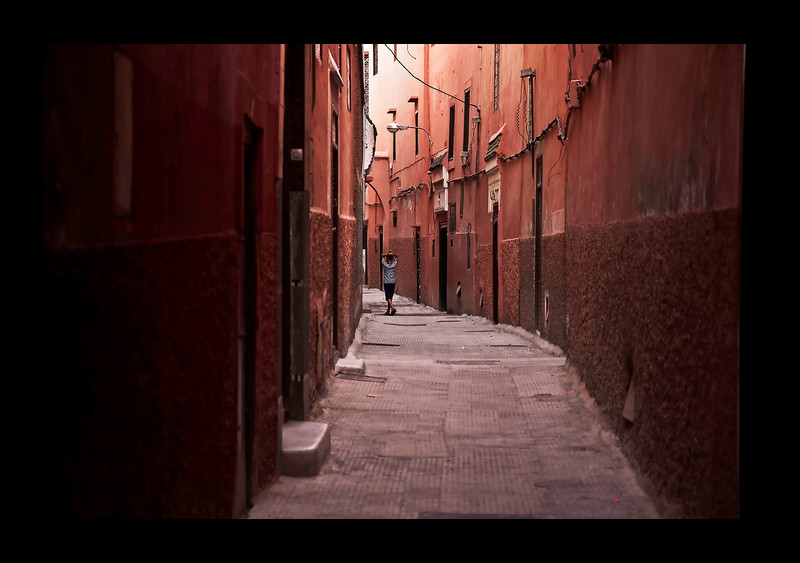 Boy vs Red Alley - Marrakech