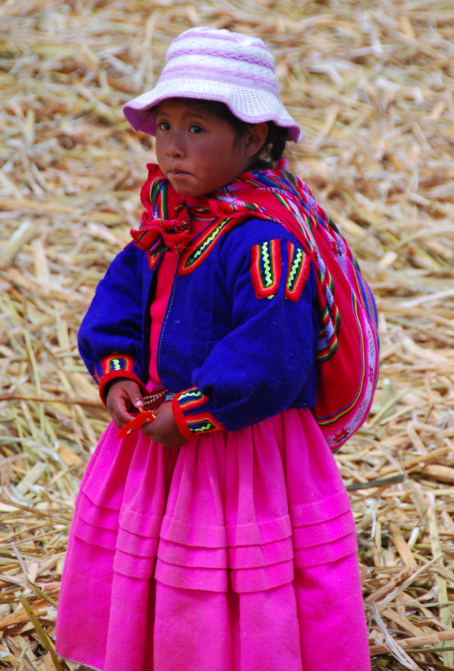 The Uros Islands, off Puno, Lago Titicaca