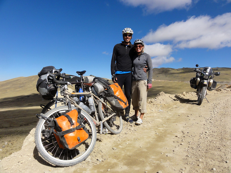 Eric & Laura from Oregon USA on the Ayacucho - Andahuaylas Road. Peru