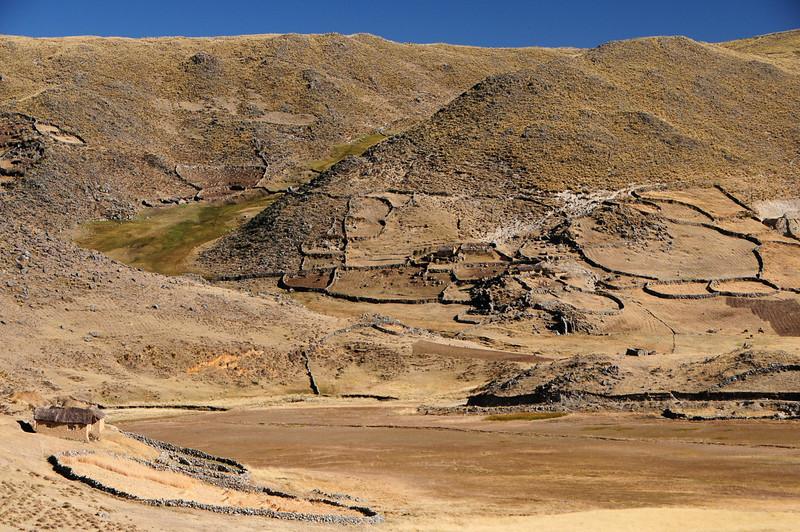 Stone walled finca's along the Santo Tomas - Veille road. Peru