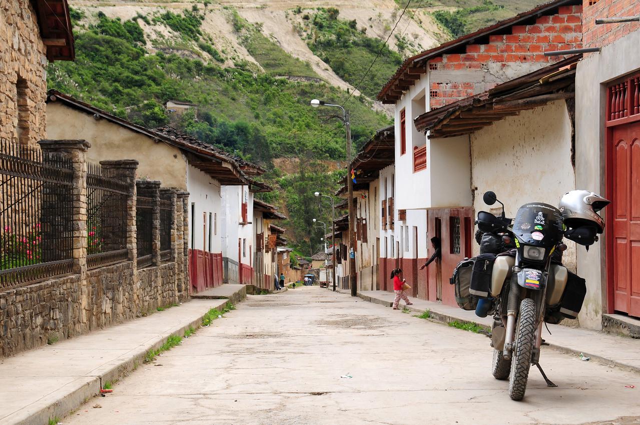 Leimebamba.  PE-08B.  Chachapoyas - Celedin Road. Peru