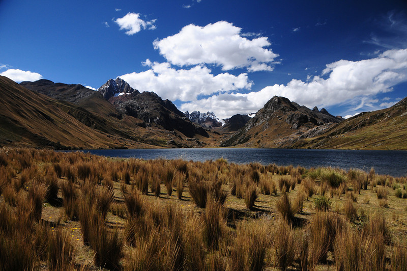 Lago Querococha.  Quebrada Conde.  Catac - Chavin Road.  Cordillera Blanca. Peru
