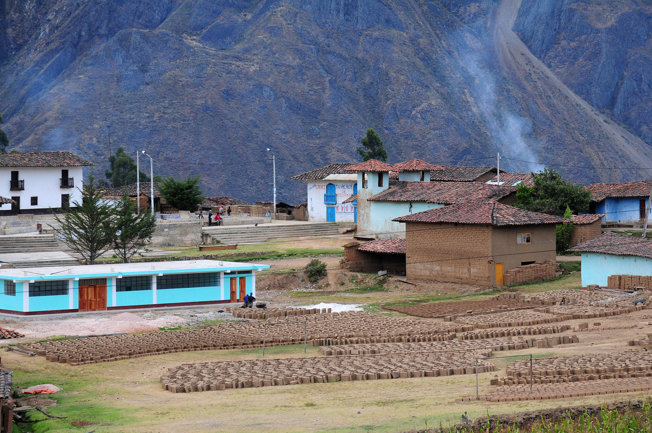 Mollepata.  South of Angasmarca. Peru