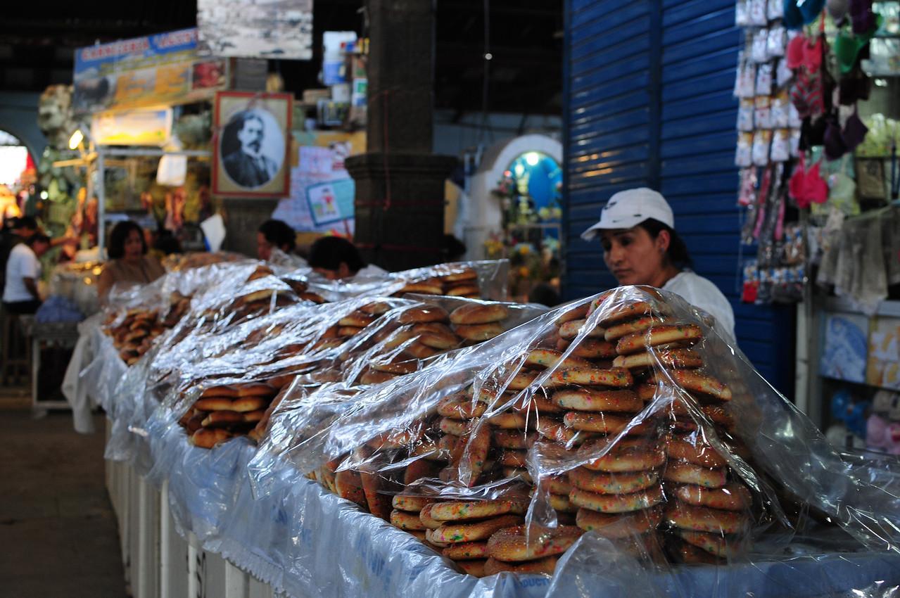 Mercado de  Abastos Carlos F Vivanco.  Ayacucho, Peru