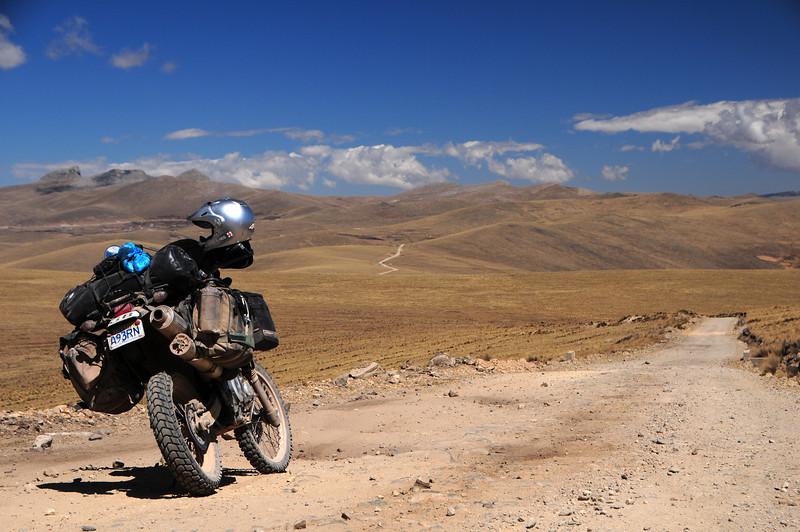 Paccaritambo - Santo Tomas Road. Peru
