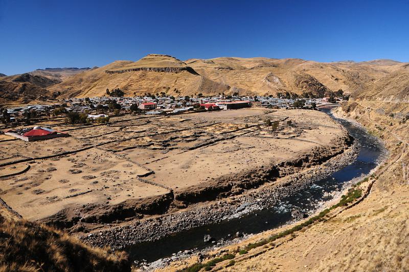Veille, Peru