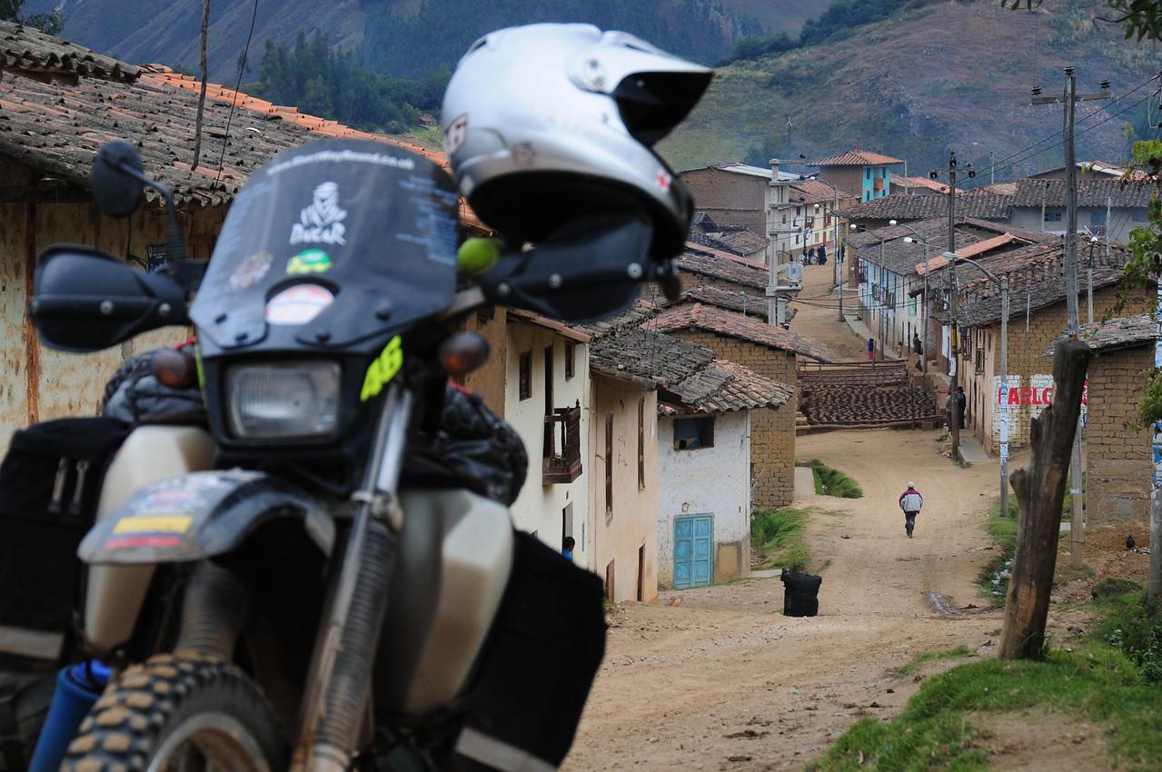 Mollebamba.  South of Angasmarca. Peru