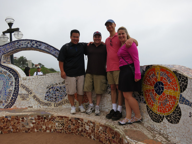 Awww, cute group picture at the Parque del Amor - the Park of Love. How sweet!