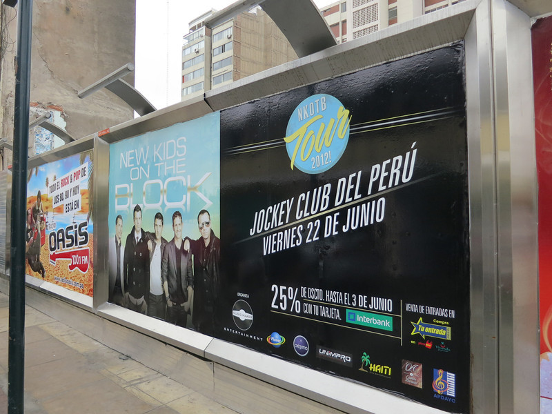 NKOTB - keepin' it real, Peru style. (but 100.1 FM Oasis was actually a good radio station, oddly)