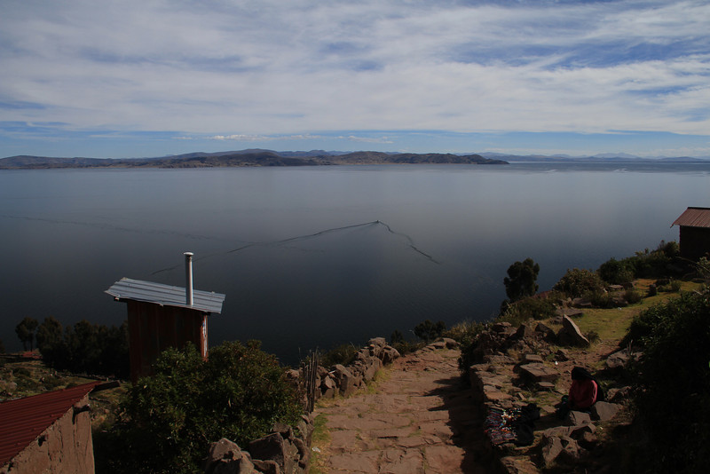 The water on Lake Titicaca was super calm - the boat wakes went on forever. And look - more steps to get down to the water!