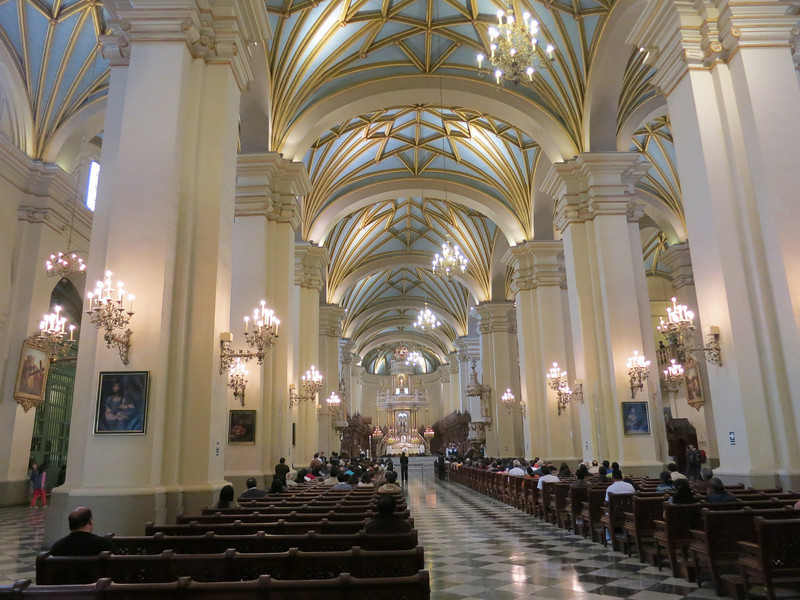 Inside the Cathedral de Lima