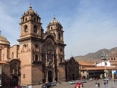 The church of the Society of Jesús. Construction started on this church of the Jesuit order in 1576 at Amarukancha or the Palace of the Inca Huayna Qhapaq.