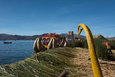 Docking at Uros.