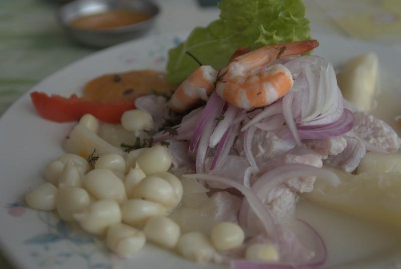 Cevichito de pescado (20 S/. nada del otro mundo) - La Amiga - Pimentel - Lambayeque - Peru<br /> <br /> A poor small ceviche in a crappy eatery (20 S/. -  7,5 $ - 6 €) - La Amiga - Pimentel - Lambayeque - Peru<br /> <br /> Een kleine waardeloze ceviche in een al even waardeloze keet (20 S/. ofte 6 €) - La Amiga - Pimentel - Lambayeque - Peru<br /> <br /> Un petit ceviche pas très succulent dans une boîte pas très attayante (20 S/. - 6 €) - La Amiga - Pimentel - Lambayeque - Pérou