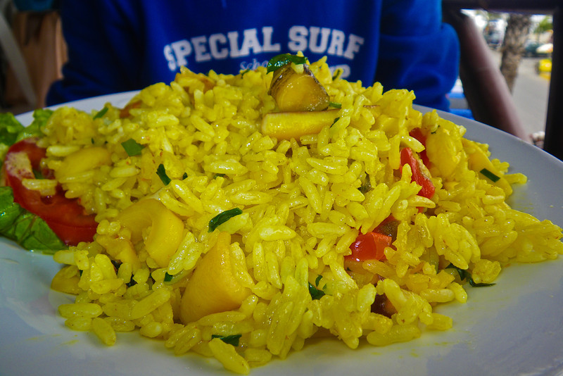Arroz con mariscos o la paella peruana con mariscos (parte del combo económico de 10 S/. - 2,6 €) en el restaurante El Rey II - Av. La Rivera 104 - Huanchaco - La Libertad<br /> <br /> Arroz con mariscos (the Peruvian paella with seafood as main course of the menu of the day costing 3,7 USD or 2,6 €) @ Restaurante El Rey II - Av. La Rivera 104 - Huanchaco - La Libertad<br /> <br /> Arroz con mariscos ofte de Peruviaanse paella met zeevruchten als deel van de dagschotel (2,6 €) in Restaurante El Rey II - Av. La Rivera 104 - Huanchaco - La Libertad<br /> <br /> Arroz con mariscos ou la paella péruvienne avec des fruits de mer (faisant part du plat du jour de 2,6 €) au Restaurante El Rey II - Av. La Rivera 104 - Huanchaco - La Libertad