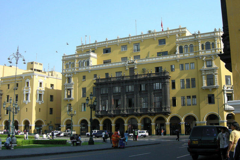 104 Lima Plaza de Armas