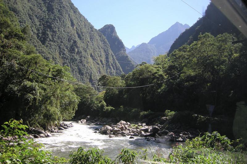 125 Train Cusco to Machu Picchu (thru window)