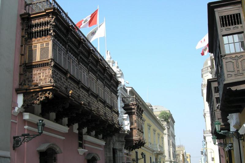 109 Lima Spanish Architecture
