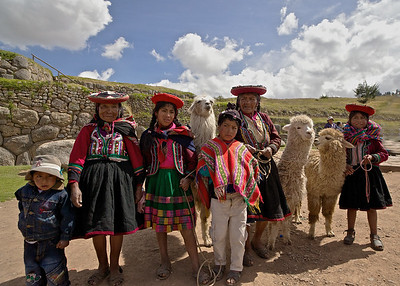 Peru-Land of the Incas | Family in Traditional Peruvian Clothing