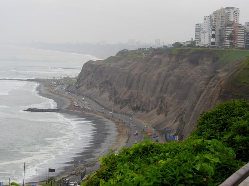 Mira Flores, Lima