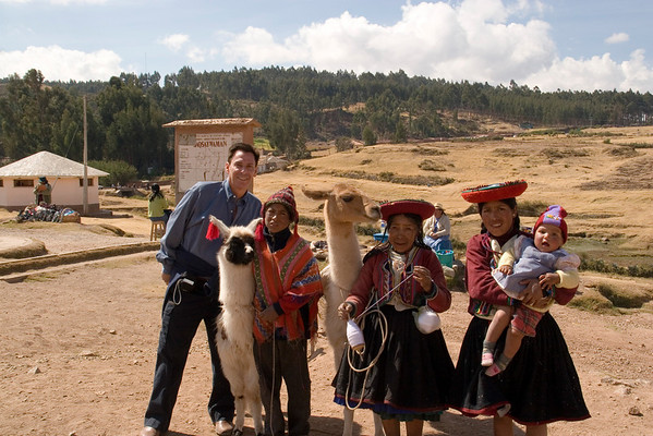 Richard with Incan peddlers