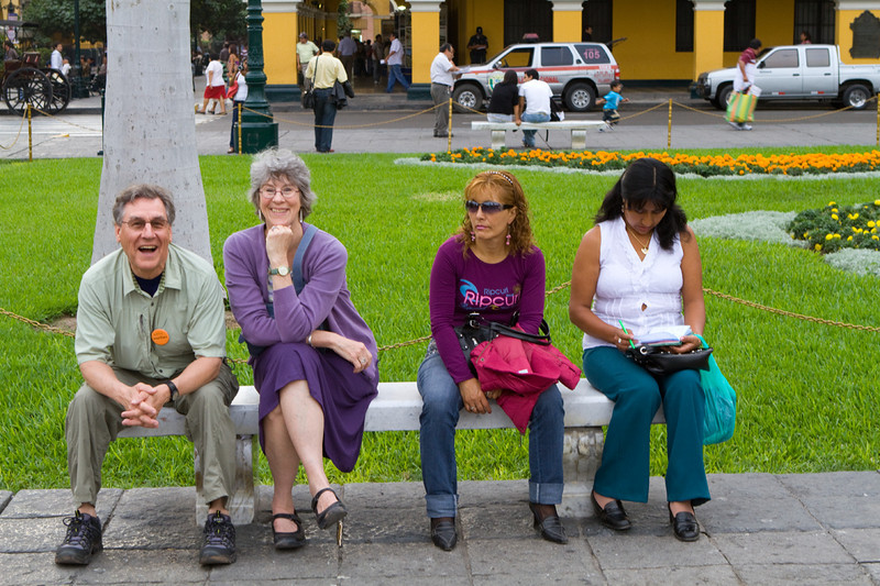 Larry and Nan in the park in Lima ... sharing the bench with some uninterested random people